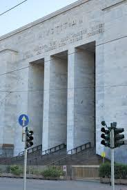La responsabilità del medico ospedaliero è extracontrattuale:  il révirement del Tribunale di Milano