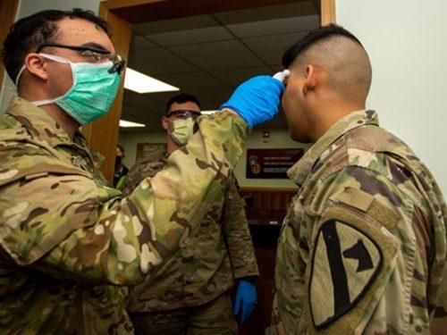 Coronavirus, dall'emergenza sanitaria all'emergenza democratica il passo è breve